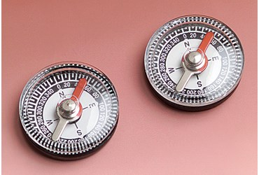 Small Magnetic Compass for Field Studies in Earth Science and Environmental Science