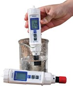 Dissolved Oxygen Meter for Field Studies in Environmental Science
